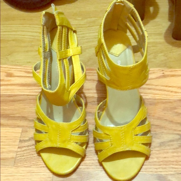 97e74bd5e0a Yellow low wedge heels